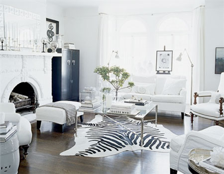 black-n-white-living-room